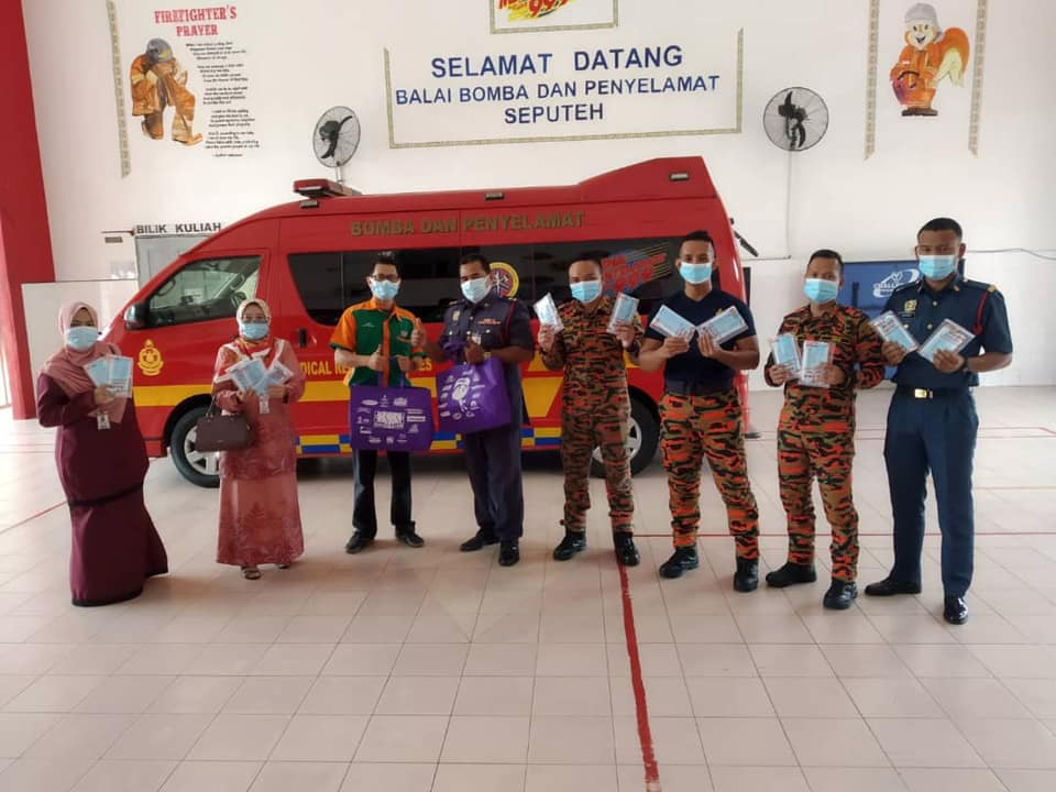 Agihan Pelitup Muka KK [October 15] Balai Bomba Penyelamat Seputeh, Tuan Japari Bin Tajudin (Ketua Balai)